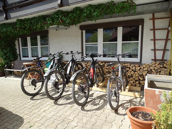 kostenloser Abstellplatz für Fahrräder unserer Hausgäste