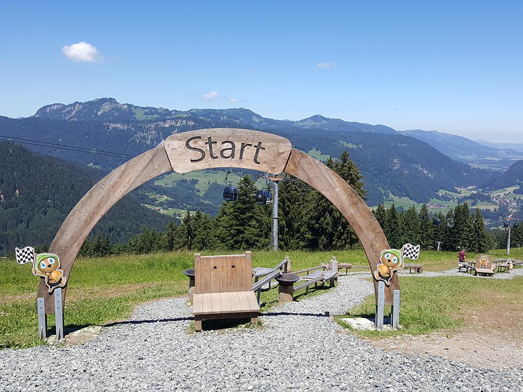 Start für das Kugelrennen am Söllereck