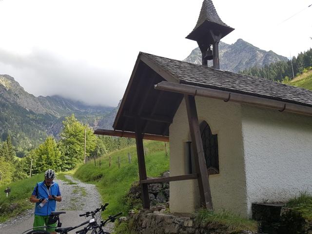 Kapelle auf dem Weg zur Gaisalpe