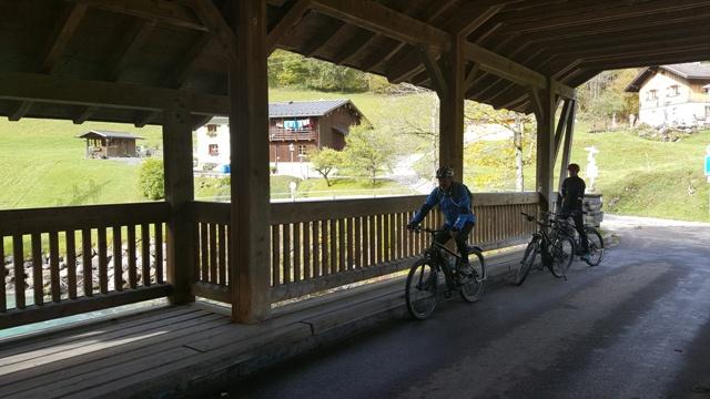 Holzbrücke bei Bruck - Ferienwohnungen Plangger
