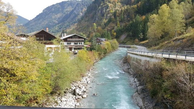 Bruck bei Hinterstein unterwegs mit Ferienwohnungen Plangger