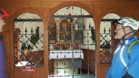Altar Hubertuskapelle - Ferienwohnungen Plangger