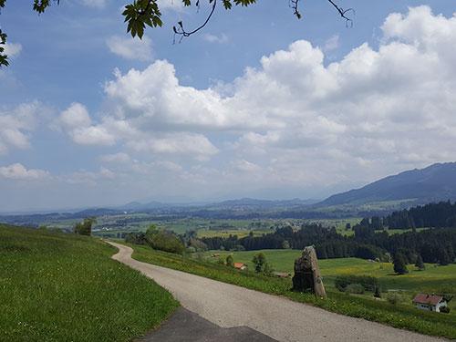 Auf dem Höhenzug bei Mittelberg